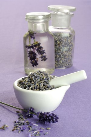 Lavender Aromatherapy Recipes to Make Spa Products