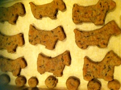 Homemade Peanut Butter Dog Biscuit Treats with Lavender
